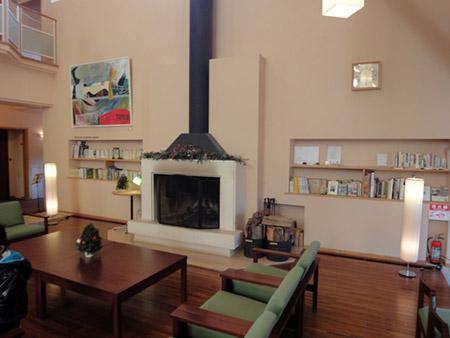 清泉寮の待合所