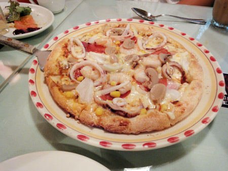 キャナリィ・ロウのピザ