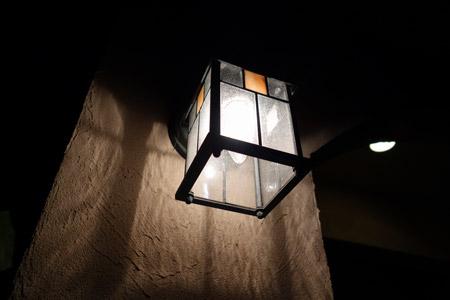 DSC-RX100で玄関ライトを撮ってみる