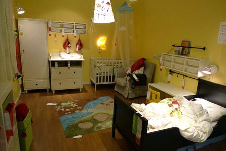 赤ちゃん+幼児の欧州的子供部屋コーディネート