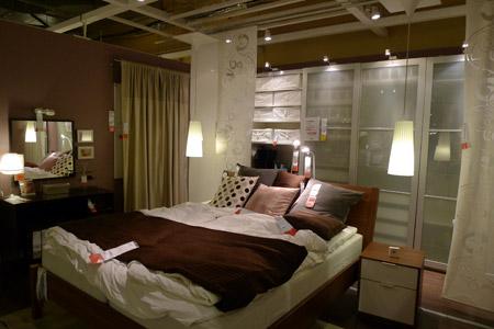 イケアにしては珍しいイマイチな寝室コーディネート