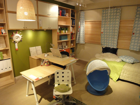 子供部屋のような北欧ワークスペース