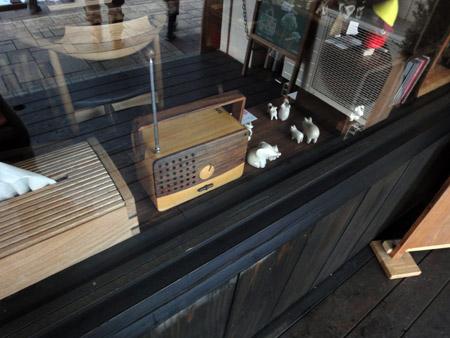 木製のラジオ